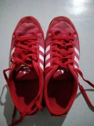 Sapato da ADIDAS vermelho