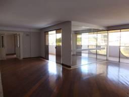 Setor Oeste, Apto 4/4 300 m2, c/ 3 Garagens Individuais