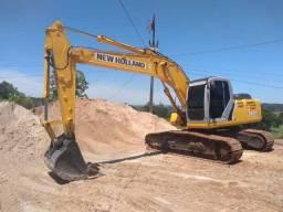 Escavadeira Hidraulica New Holland E215B Ano 2011