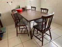 Mesa de madeira maciça 6 cadeiras 1,80mm