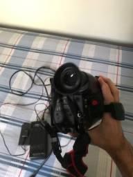 Filmadora Minolta Master C-561
