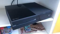 Xbox one + 1 controle + 4 jogos