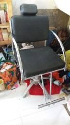 vendo uma cadeira de salão ou de barbeiro