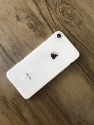 IPhone 8 64gb rose 1850,00