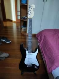 Guitarra Squier Mainstream (capa e cinta junto)