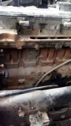 Vendo parte de força motor cammins 06 cilindro.