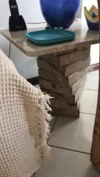 Vendo mesa lateral Mármore Bege Bahia