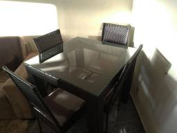 Mesas e Cadeiras em Fibra Sintética A Partir de R$849,90 à vista