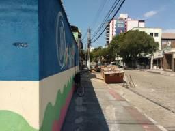 Locação de casa comercial na Praia da Costa!
