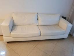 Sofá de couro branco