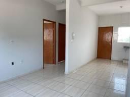 Aluga-se apartamento apto 2/4 2 quartos Crimeia oeste