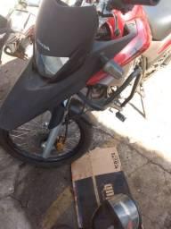 Xre 300 troca em outra moto ou vendo