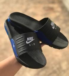 Chinelos slaide Nike muito confortável