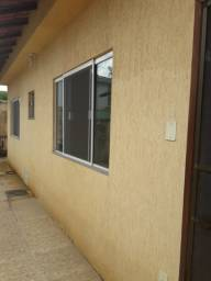 Casa 2 Quartos + Garagem no Serramar