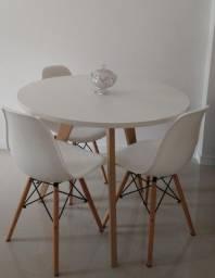 Mesa para áreas decorativas