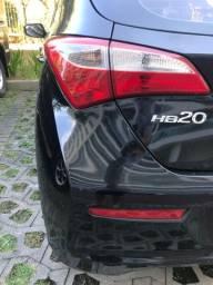 HB20 Comfort Plus 1.6 Automático preto