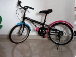 Bicicleta em perfeito estado de conservação