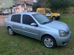 Clio 1.0 16v 2007.