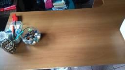 Mesa em L + Mesa Cozinha + Cadeira Couro Presidente Rodinha
