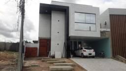 Casa Dúplex em obra com Piscina no Condomínio Jardins da Serra