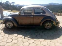Título do anúncio: Fusca ano73 marron carro está filé está com 600 de documentoR$4000 vai embora