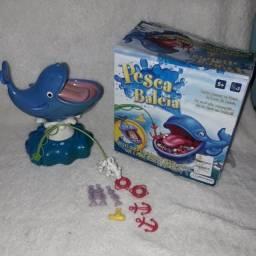 Brinquedo jogos Pesca Baleia e Cai não cai