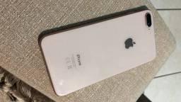 iPhone 8 Plus semi novo 64gb