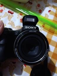 Câmera semiprofissional Sony H300