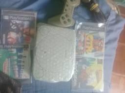PlayStation 1 com 4 jogos