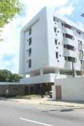 COD 1-485 Apartamento Cabo Branco 3 quartos bem localizado