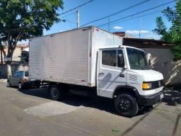 Caminhão 710 1997