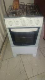 Título do anúncio: Vendo fogão e forno elétrico