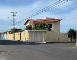 Vende-se casa duplex bairro São João R$600.000,00 (negociável)