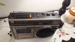 Radio gravador Panasonic, funciona só o radio