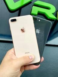 iPhone 8 Plus 64gb nas cores preto e rosa