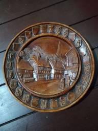 Pratos parede madeira antigos