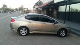 Vendo ou troco em carro de menor valor com volta - 2010