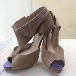 Sandália de Salto Biondini