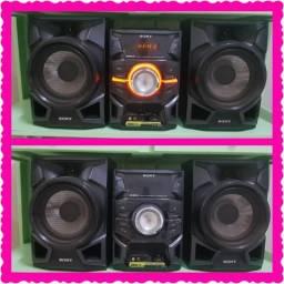 Mini System Sony Genezi MHC- c/ MP3, Entrada USB- 300 W
