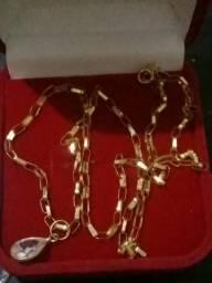 Pulseiras tijolinho em ouro