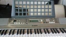 Teclado Yamaha PSR-E 313