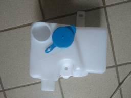 Reservatório de água parabrisa