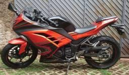 Kawasaki Ninja 300 Special Edition c/ ABS - 2014