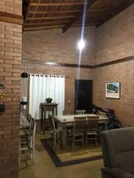 Alugo casa para fim de semana e feriado em Caraguatatuba