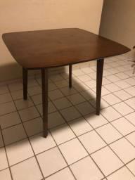Mesa de madeira ETNA 4 lugares
