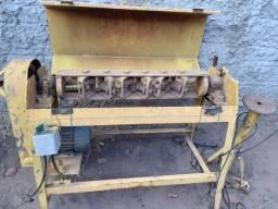 Vendo desamassador  de ferro