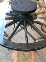 Mesa giratória roda de carroça antiga