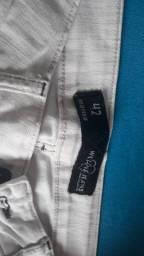 Calça branca semi-nova