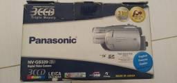 Filmadora Panasonic na caixa