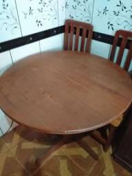 Vendo mesa 4 cadeiras